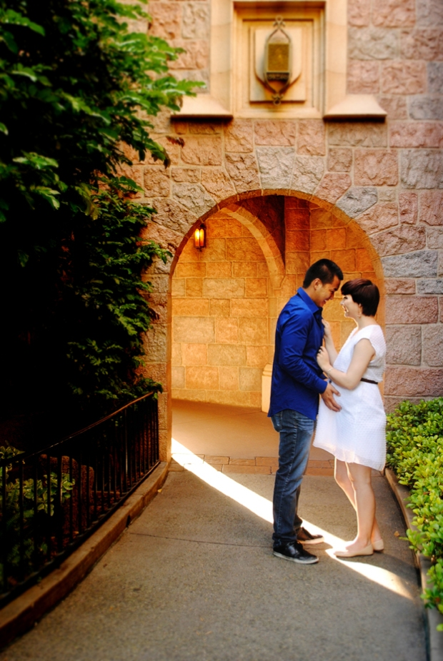 rachel-disneyland-maternity-photos_0611