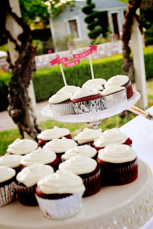 amie-cherry-blossom-bridal-shower-cupcakes_0588
