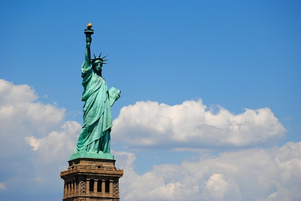 new-york-city-vacation-trip-central-line-cityscape-statue-of-liberty_0201_2