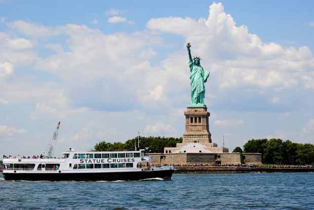 new-york-city-vacation-trip-central-line-cityscape-statue-of-liberty_0208_2