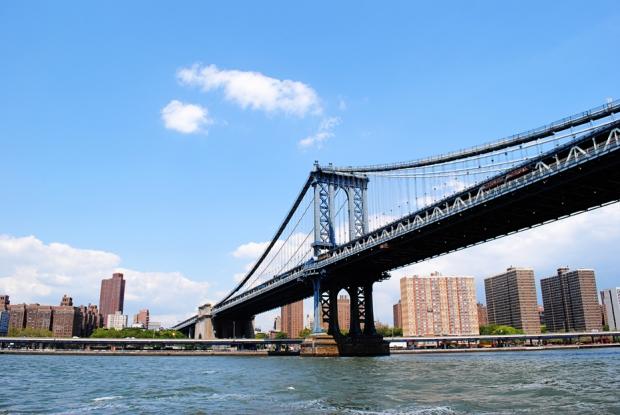 new-york-city-vacation-trip-central-line-cityscape-williamsburg-bridge_0226_2