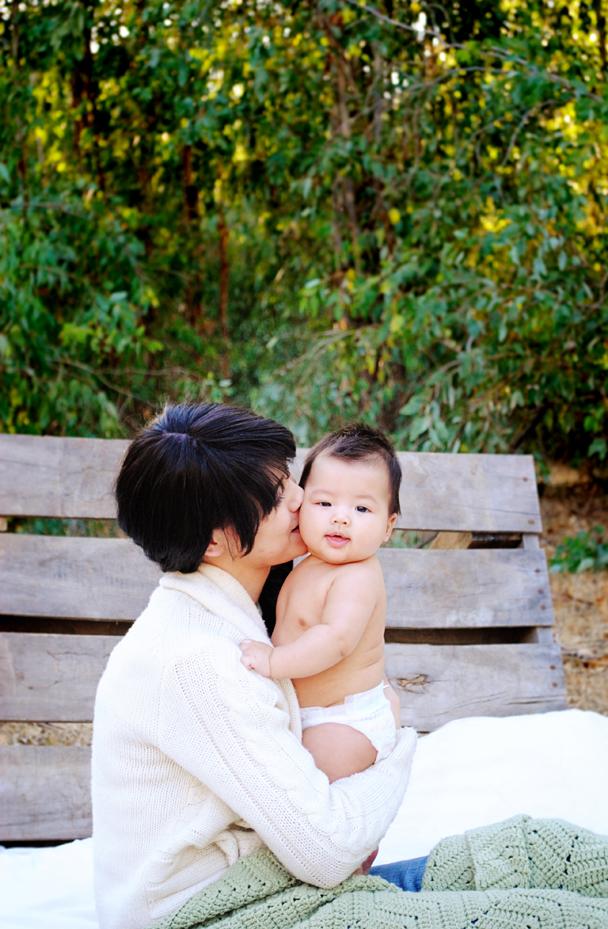 rachel-amelia-menifee-baby-photography-outdoor-bed-in-trees_0337