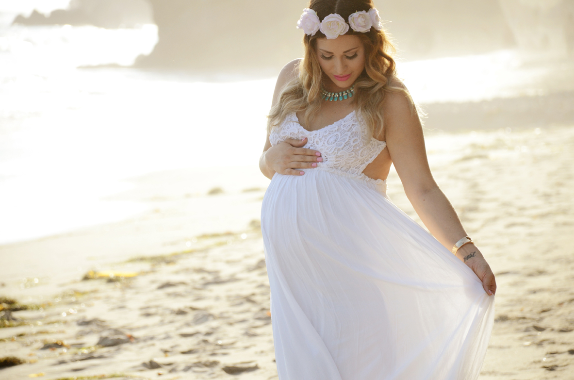 Roxy and raymond malibu beach maternity photos sam allen creates roxy malibu maternity photography 894 ombrellifo Image collections